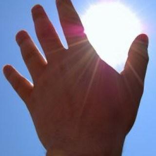 Sonnenbrand im gesicht und am körper mit hausmitteln behandeln