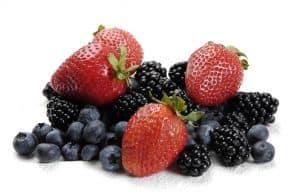 Ein leckeres Hausmittel gegen rheumatoide Arthritis: Beeren