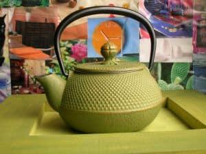 Grüner Tee stärkt als gutes Hausmittel das Immunsystem