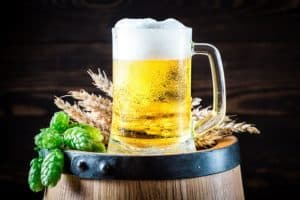 Hausmittel Bier für die Haare als Spülung, Haarkur und Haarmaske