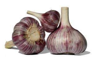 Knoblauch ist ein gutes Hausmittel gegen Bluthochdruck.