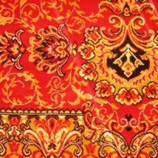 Teppiche verschiedener Art lassen sich mit Hausmittel zuverlässig von Flecken reinigen.
