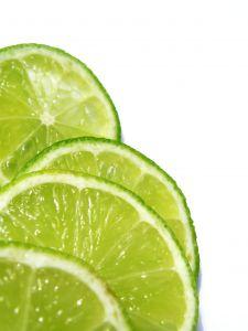 Zitronen sind ein gutes Hausmittel das gegen Flöhe hilft